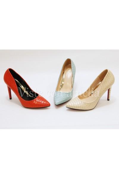 Zapato de tacón efecto pitón