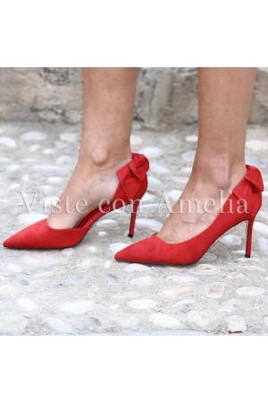 Zapato rojo tacón lazo