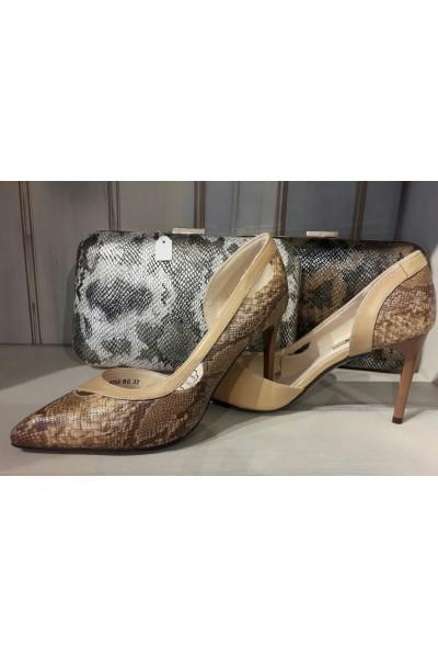 Zapato pitón beige