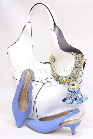 Zapato azul celeste tacón sensato