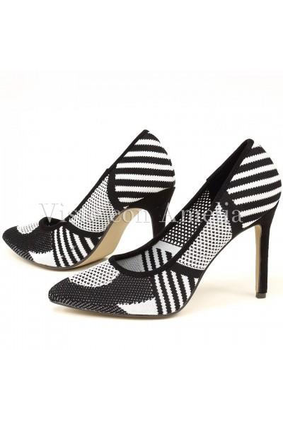 Zapatos blanco y negro malla