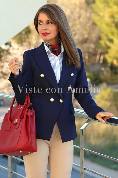 Chaqueta azul mujer combinar