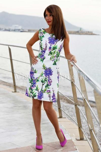 Vestido brocado con estampado primaveral en tonos violeta
