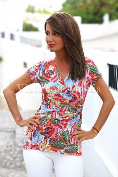 Camiseta de punto de seda con un estampado muy colorido y alegre