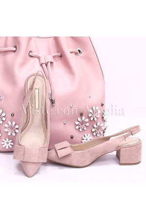 Zapato rosa sensato destalonado