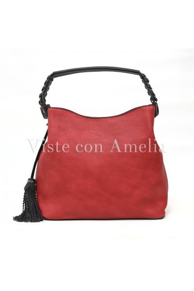Bolso rojo y negro combinado