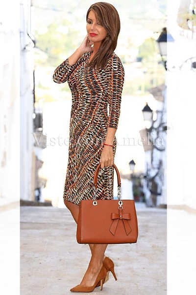 Bolso marrón con lazo